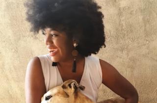Vereadora de Nova Friburgo registra ocorrência contra injúria racial