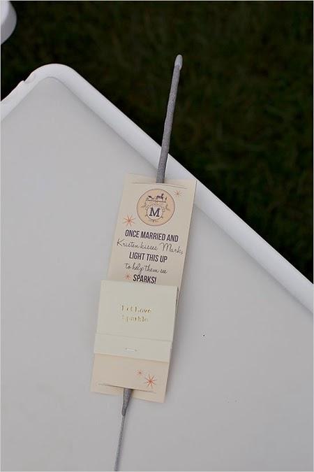 http://www.weddingchicks.com/2013/12/18/fall-fantasy-wedding/