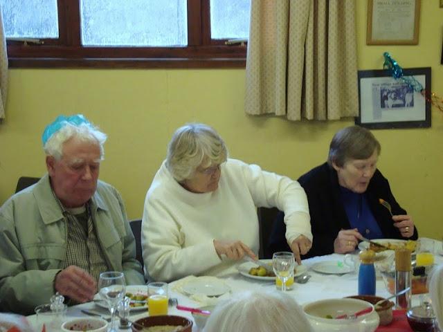 Pensioners Lunch - 12-12-2010 - WPL201011.jpg