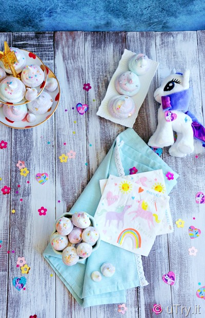 How to Make Unicorn Poop Rainbow Sour Lemon Meringue Cookies 檸檬彩虹蛋白曲奇 with all natural coloring.   http://uTry.it