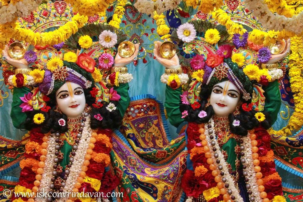 ISKCON Vrindavan Sringar Deity Darshan 28 Feb 2016 (16)