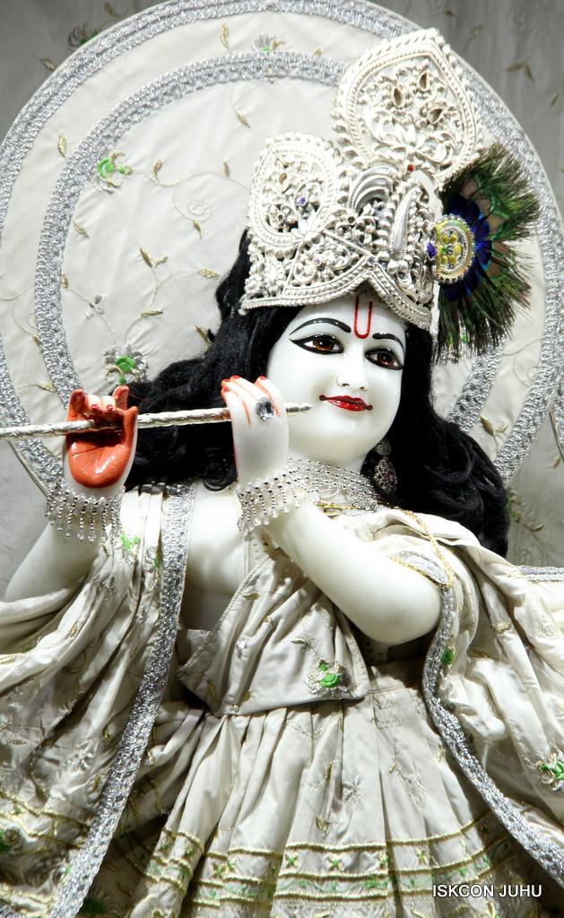ISKCON Juhu Mangal Deity Darshan on 8th Sep 2016 (33)