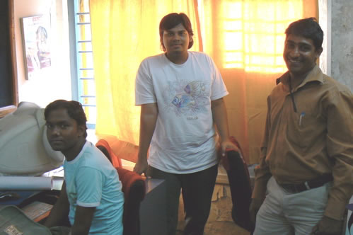 Humsafar drop-in center volunteers.
