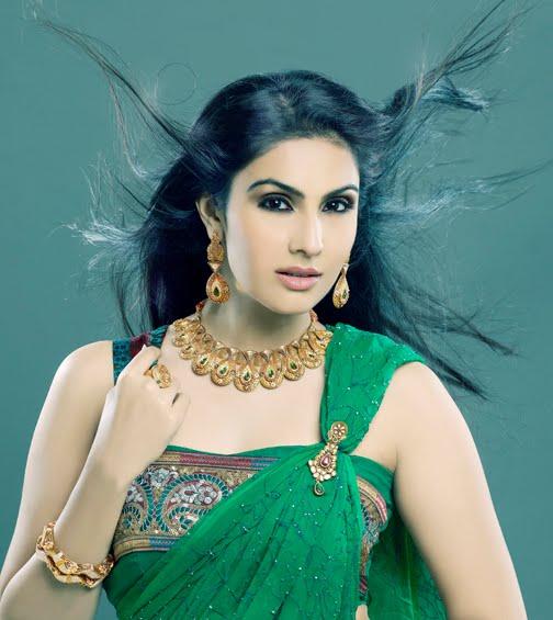 model divya parameshwaran shoot glamour  images