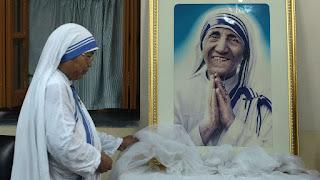 Le Vatican annonce la canonisation de Mère Teresa le 4 septembre