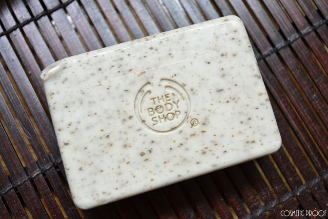 The Body Shop Fuji Green Tea Exfoliating Soap Review