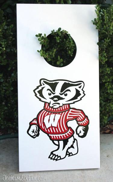Bucky badger on vinyl cornhole