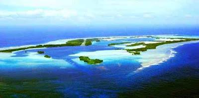 दुनिया के 9 अनोखे आइलैंड | 9 Unique Islands Of The World