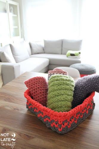 Not 2 late to craft: Cistell de trapillo tapestry amb patró gratuït / Tapestry XXL crochet basket free pattern