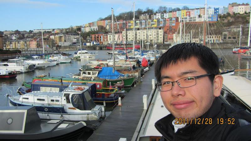 Bristol有七彩的房子和小船,充滿海洋的元素!!