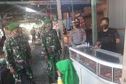 """Dukung AKB, PH Kapolsek Liliriaja Sambangi Pasar Lajoa Ajak Warga """"Wajib Pakai Masrer"""""""