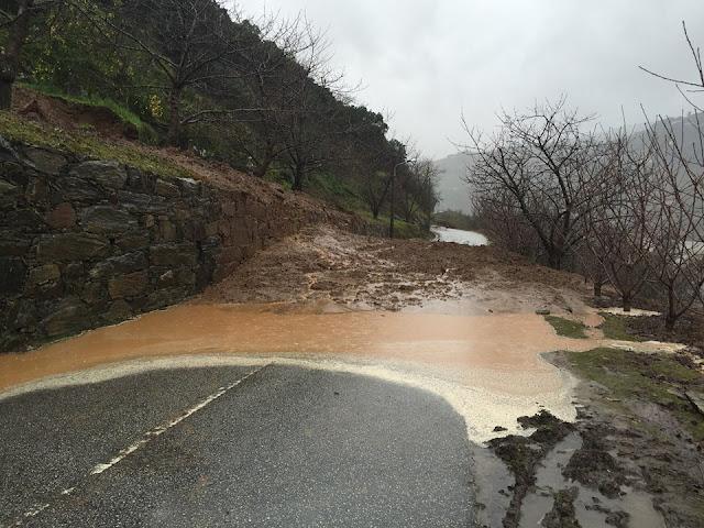Estrada EM537 que liga Curvaceira - Penajóia a Resende cortada