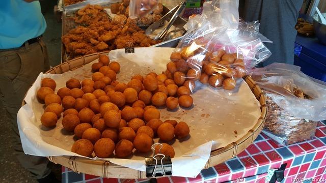 Delicious deep fried potato balls.