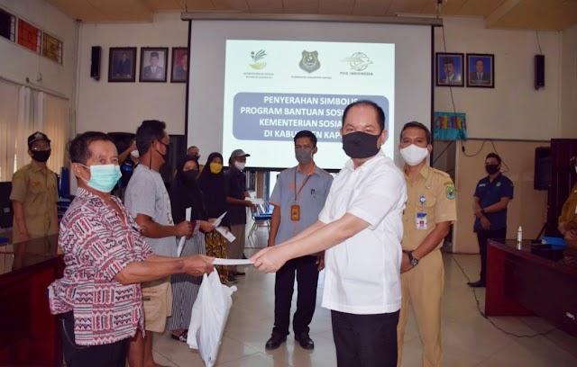 Launching BLT, Bupati Ben Ingatkan Kesadaran Warga Cegah Covid-19