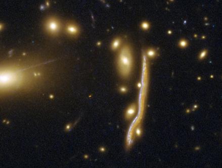 galáxia Serpente Cósmica