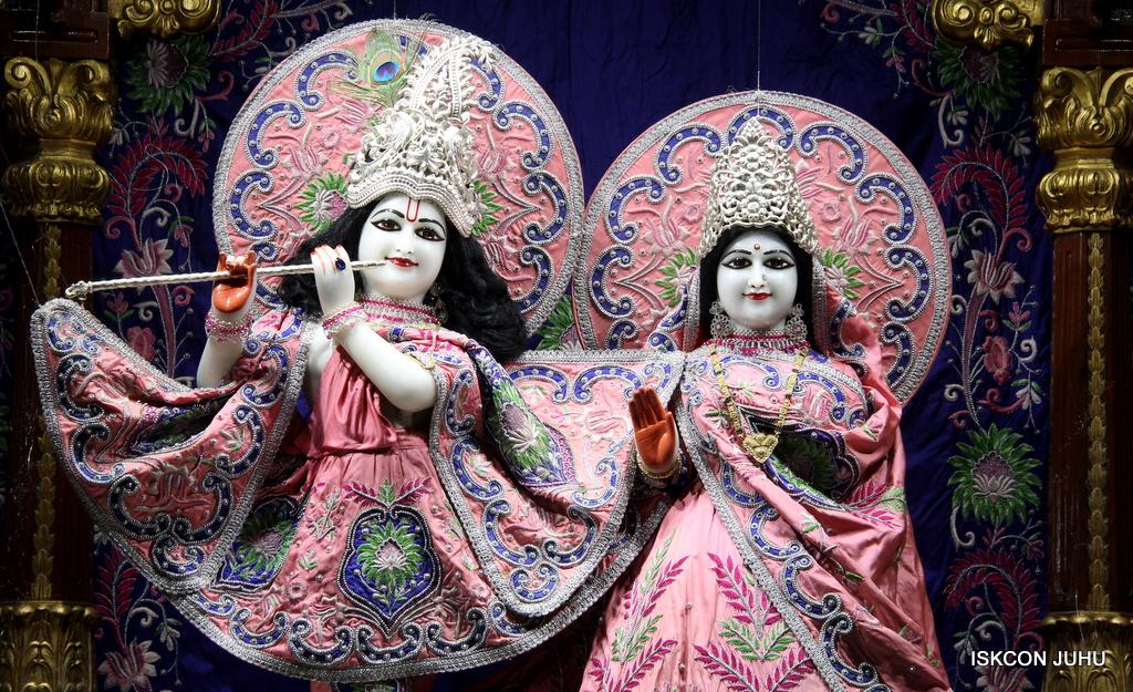ISKCON Juhu Mangal Deity Darshan on 30th Sep 2016 (17)