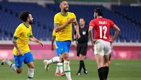 Futebol masculino: Com placar econômico, Brasil vence Egito e está na semifinal