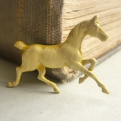 Buttermilk Horse Brooch