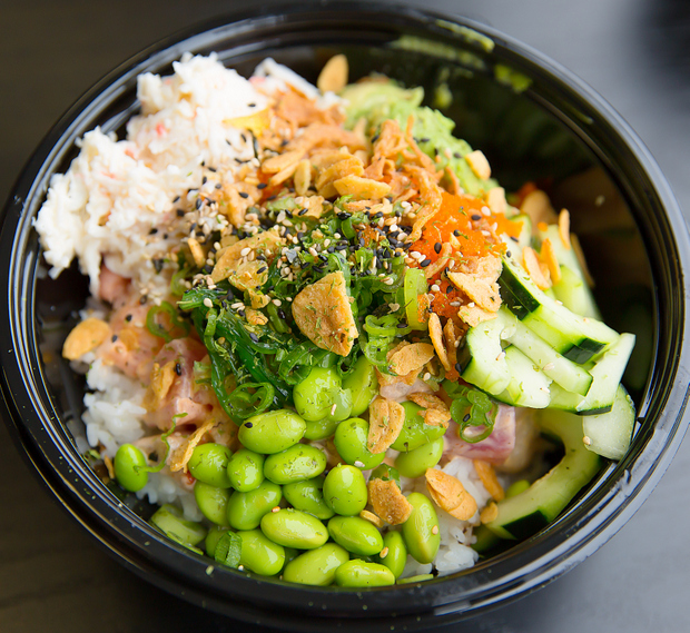 photo of customized poke bowl