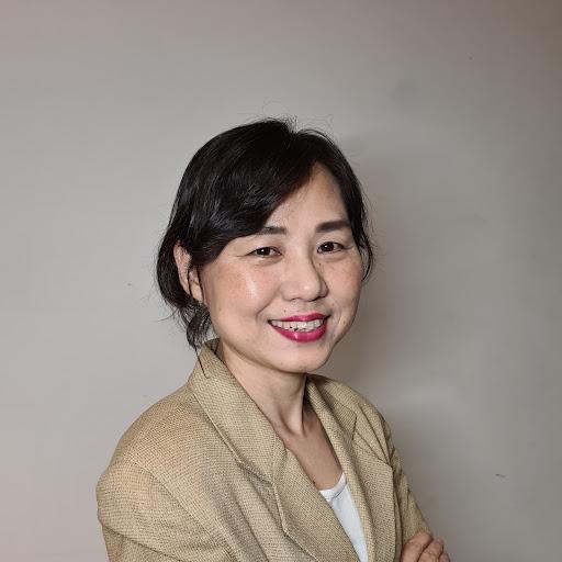 Marie Kim Photo 9