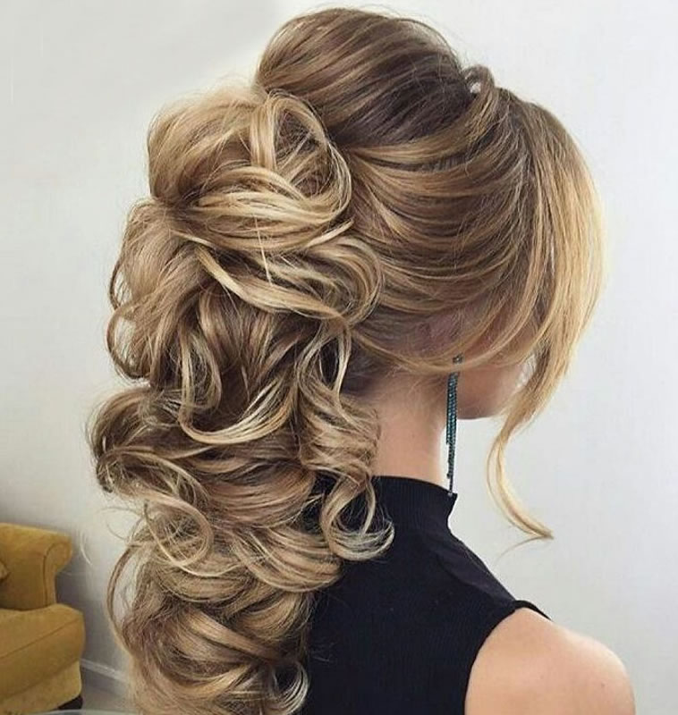 Wedding Updo Hairstyles 2018-2019 for Brides 3