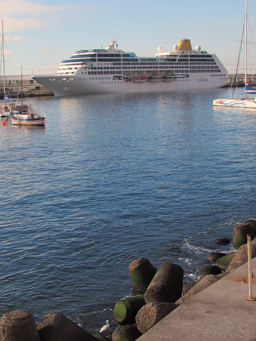tranquility in the port that all commanding officers and passengers enjoy