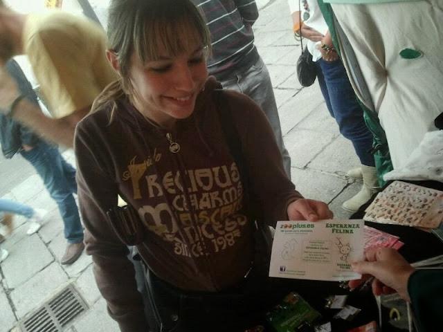 Esperanza Felina en el Mercado Medieval de Vitoria (27, 28 y 29 de Septiembre 2013) - Página 3 039