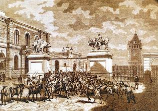 Photo: V. K. : A közvágóhíd Pesten (fametszet, 1872)1872-ben nyílt meg a főváros első közvágóhídja, a mai Soroksári út 58. szám alatt. Budapest lakosságának marhahússal való ellátása ezzel hosszú ideig megoldódott, Ferencváros pedig hamarosan a főváros élelmiszeripari központjává vált.(http://egykor.hu/budapest-ix--kerulet/kozvagohid/2362)V. K. : Rzeźnia w Peszcie (drzeworyt, 1872)W 1872 roku została w stolicy otwarta pierwsza publiczna rzeźnia, przy dzisiejszej ulicy Soroksári 58. Zostało w ten sposób zaspokojone w Budapeszcie zapotrzebowanie na wołowinę. Ferencváros, w szybkim czasie został centralą przemysłu spożywczego.(http://egykor.hu/budapest-ix--kerulet/kozvagohid/2362)