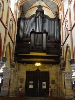 2016.03.27-037 orgues dans l'église Notre-Dame