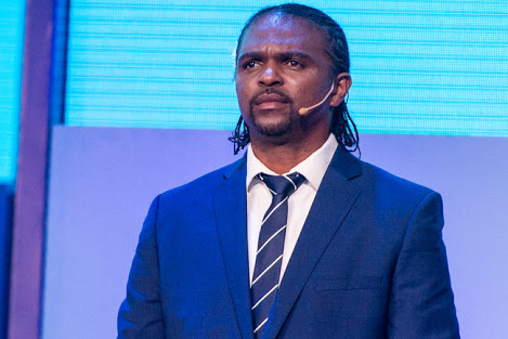 EXCLUSIVE!!! Nigerian Lady Strips Kanu Nwankwo Naked for Marrying 18-Year-Old Girl