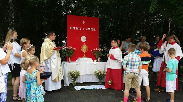 Corpus Christi June 7, 2015 pictures by Monika Kowal.  - 20150607_153619_resized_2.jpg