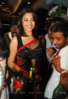 tamil actress richa gangopadhyay hot pics