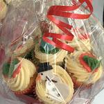 Christmas cupcake bouquet 2.jpg