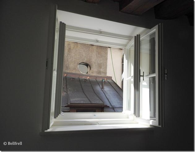 Noch ein Fenster zum Hof