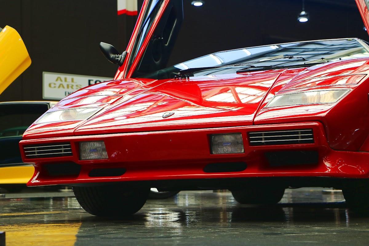 Lamborghini Countach (10).jpg