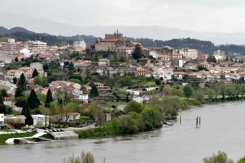 Tui, inicio del Camino Portugués en Galicia, Camino de Santiago