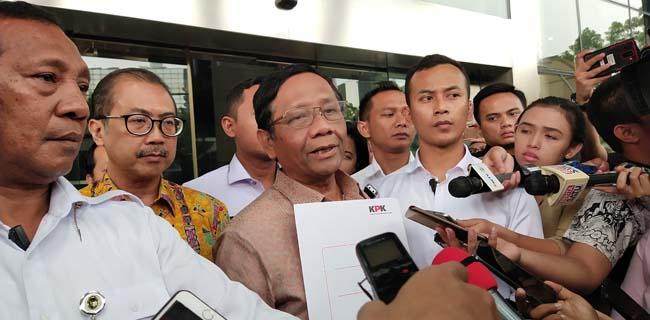 Presiden Jokowi Beri Grasi Terhadap Koruptor, Mahfud MD: Biarkan Saja