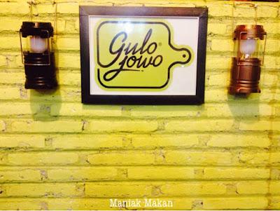 maniak-makan-interior-gulo-jowo-solo