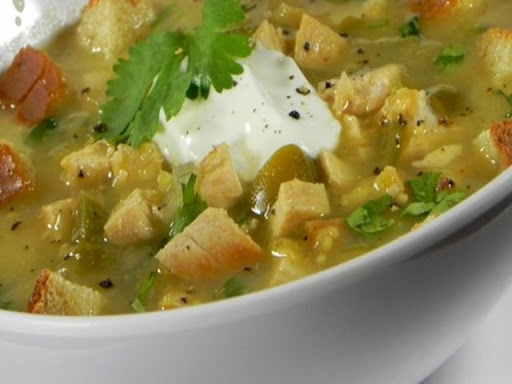 Mexican-Style Tomatillo and Chicken Soup
