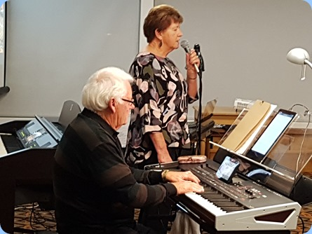 Rod and Nelleke Moffat played for us - Rod on his Korg Pa4X and Nelleke on vocals