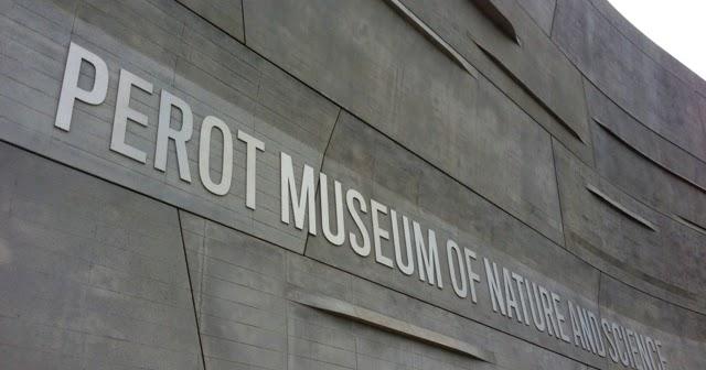 Meggie Frue Museum Date