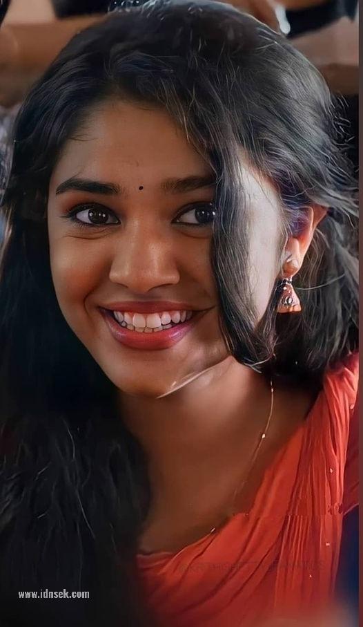 Actress Kirthi Shetty Cuite Photos