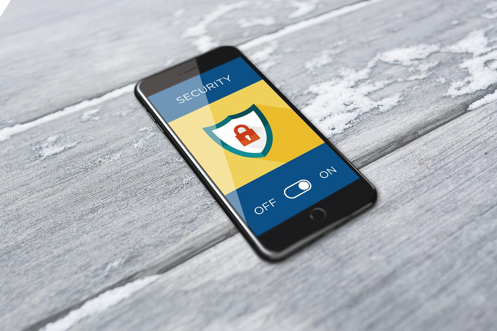 لماذا يعد تطبيق التأمين على الهاتف المحمول أمرًا ضروريًا لعملك
