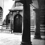 062-Каплиця Трьох Святителів. Вхід..jpg