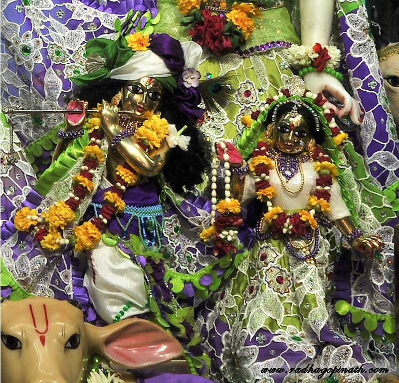 ISKCON Chowpatty Deity Darshan 08 April 2016 (5)