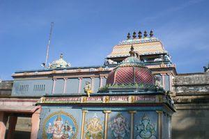 Mayiladuthurai Temple Praharam 01