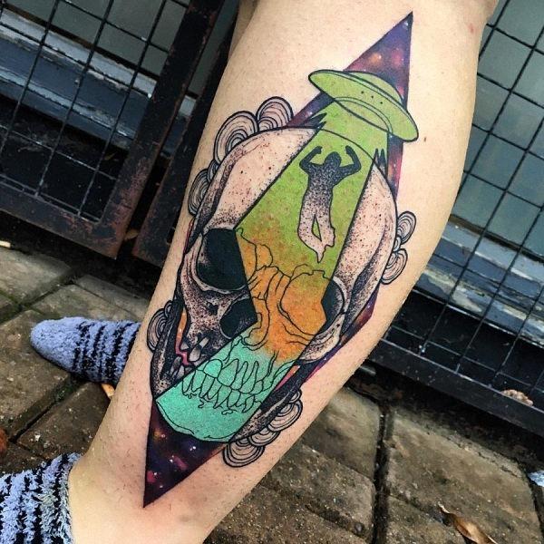 este_aliengena_tatuagem_de_caveira