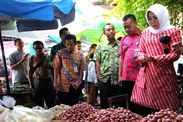 Awal Ramadhan, Bupati Sidak Pasar Pantau Harga Sembako