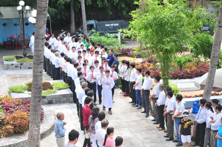 Giáo xứ Hòa Ninh mừng kỷ niệm 50 năm xây dựng nhà thờ