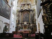 01 A Szent Gál templom oltára.JPG